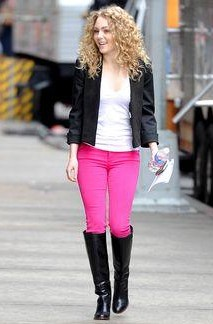 Looking for similar black leather knee high boots, jacket, pink jeans and white top online like Carrie's - SeenIt