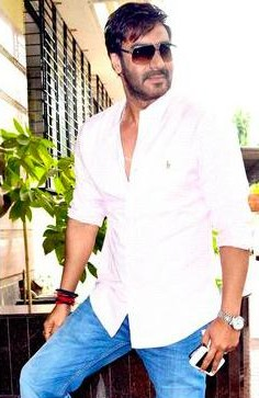 Looking for a similar white shirt and light blue jeans that Ajay Devgan is wearing. - SeenIt