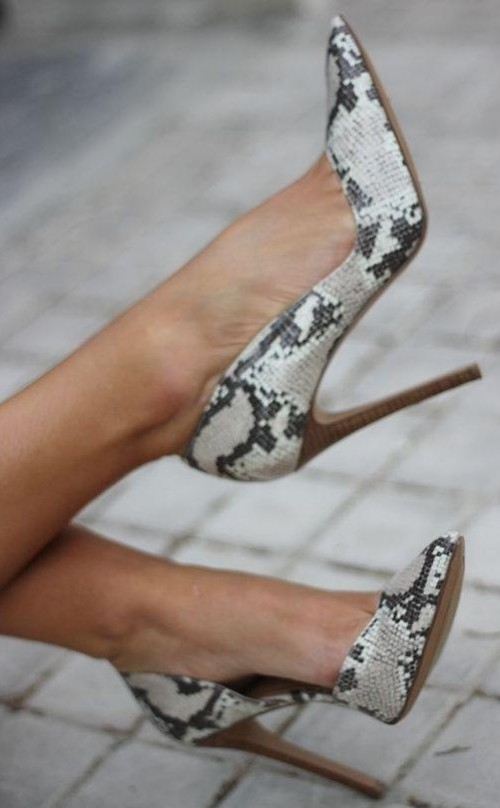 Looking for these grey animal printed stiletto pumps!! - SeenIt