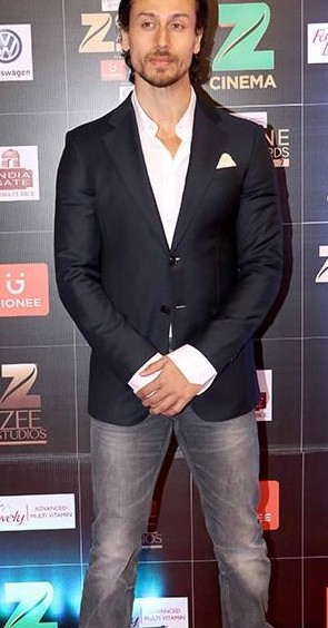 im looking for a similar black blazer, white shirt and grey jeans like the one which Tiger Shroff is wearing - SeenIt