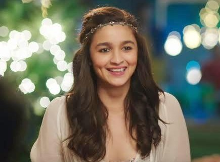 need the hair band which Alia Bhatt is wearing - SeenIt