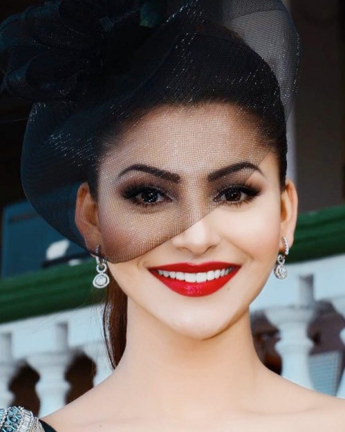 I am looking for a similar red lipstick as seen on urvashi rautela. - SeenIt