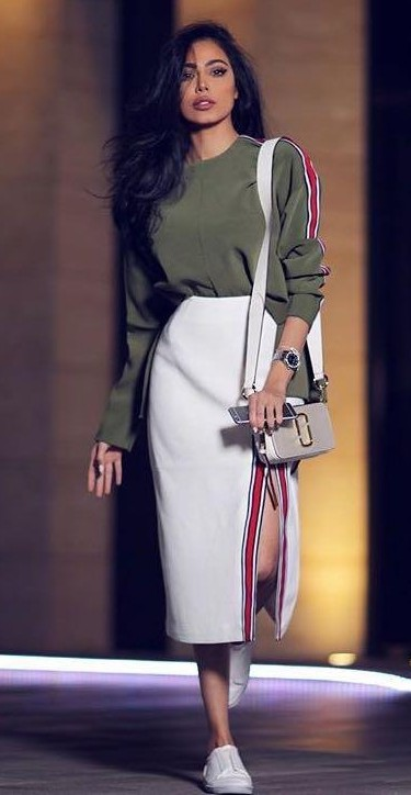 Want the olive green sweatshirt, white midi skirt, white sling bag and the white sneakers from indian sites - SeenIt