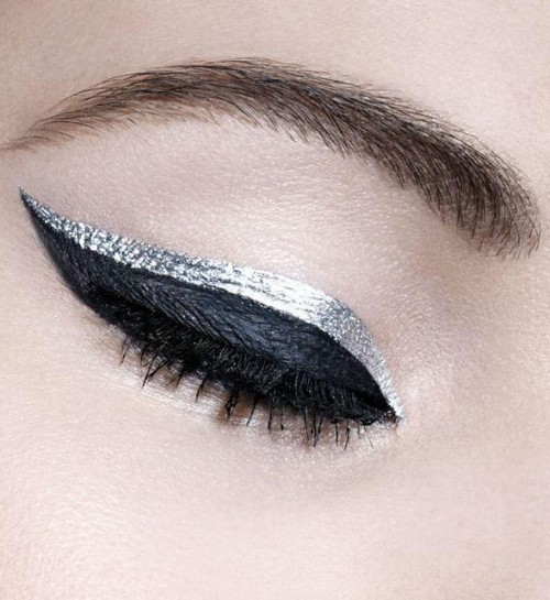 I am looking for a similar metallic silver eyeliner,help? - SeenIt