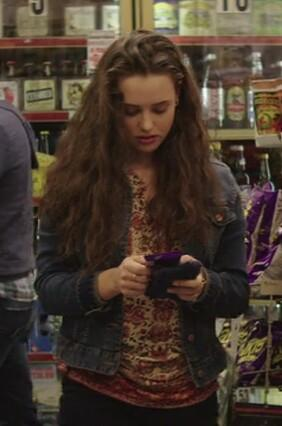 I'm looking for a similar floral printed top which Hanah is wearing in 13 Reasons Why - SeenIt