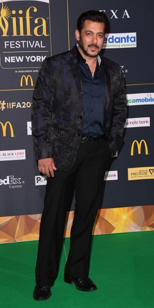 Yay or Nay? Salman Khan in black and blue at the IIFA awards night in New York - SeenIt