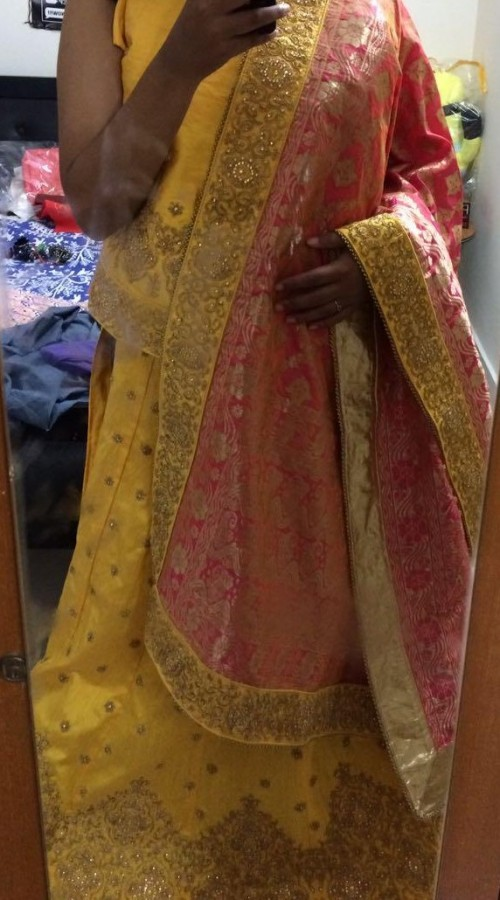 Im looking for matching jewellery for this lehenga. neck piece and something for my hands. Thanks :) - SeenIt