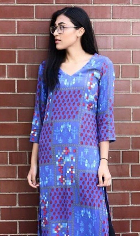 A similar blue floral print kurta please!! - SeenIt