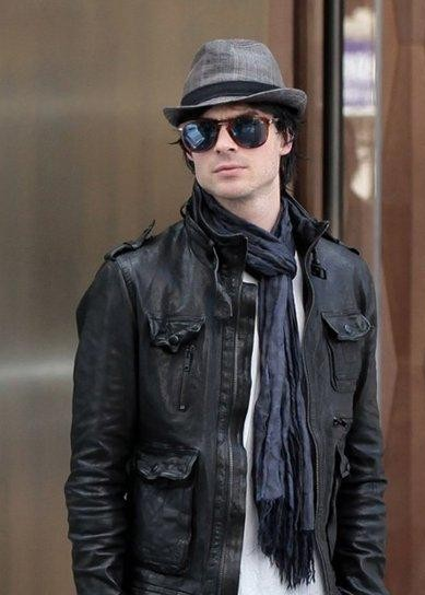 c4541f487f82f I am looking for a similar grey fedora hat and the black jacket as seen on