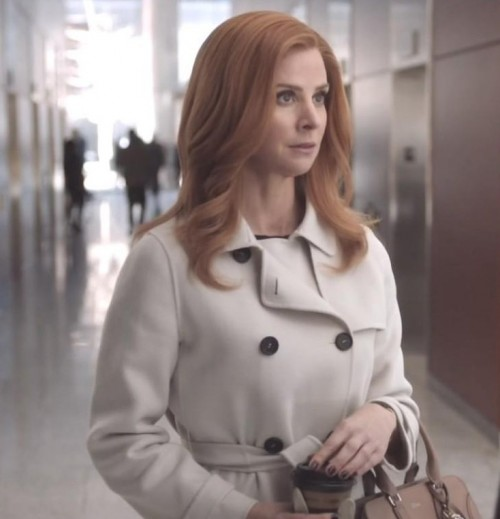 Donna's white/cream trench coat is what i am looking for online - SeenIt