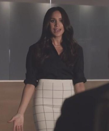 help me find a similar black shirt and skirt that rachel wore in suits season 7 episode 1 - SeenIt