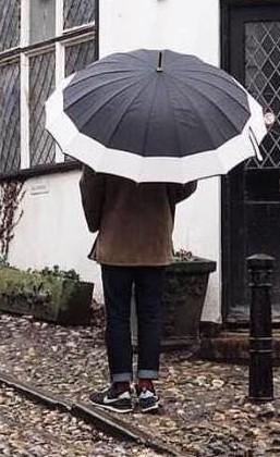 Help me find this retro black and white umbrella. - SeenIt