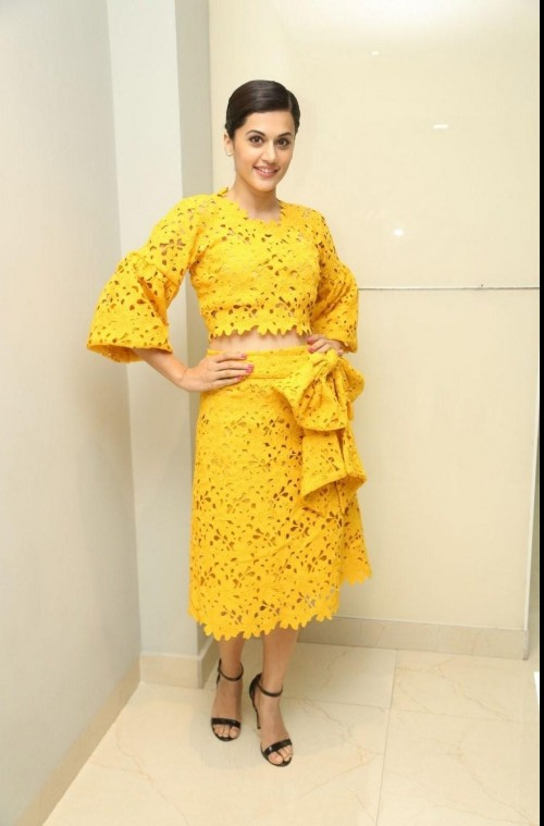 Looking for this tea length lace skirt with the big bow that Taapsee Pannu is wearing.Domestic sites.In same colour or pink.TIA. - SeenIt
