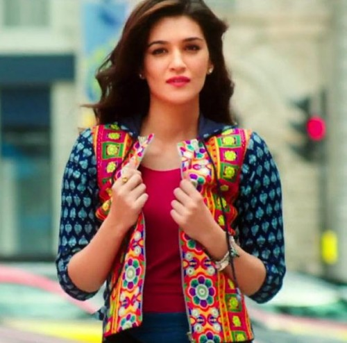 I am looking for the same jacket That Kriti is wearing int he picture - SeenIt