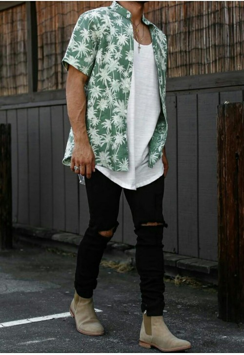 looking for similar tropical print  shirt - SeenIt