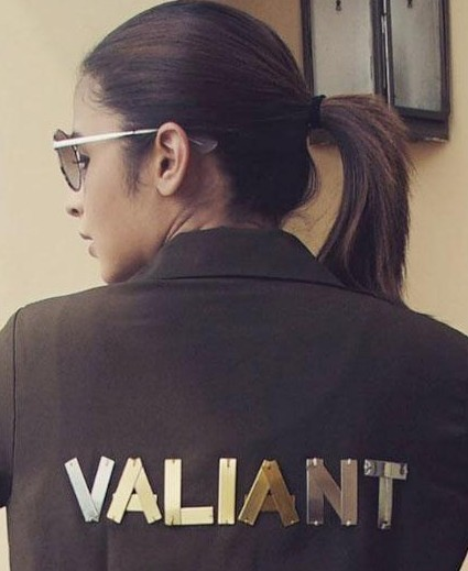 Looking for the SAME 'VALIANT' printed on the back jacket which Alia is wearing.Domestic sites.Someone pls help.TIA. - SeenIt