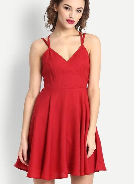 I am looking for a short red dress - SeenIt
