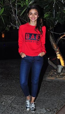 I am looking for same jeans and red sweatshirt and shoes that alia bhatt is wearing - SeenIt