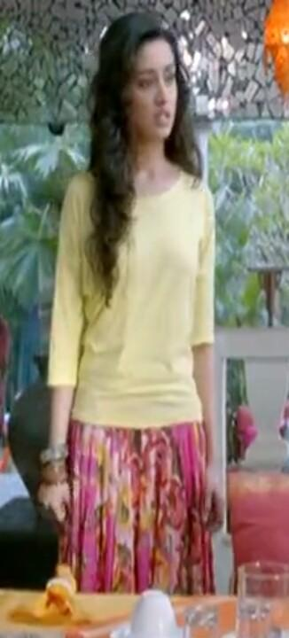 Want a similar maxi skirt and yellow top like the one which Shraddha Kapoor is wearing in Aashiqui 2 - SeenIt