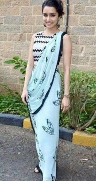 Looking for this blue printed saree as on Shraddha Kapoor! - SeenIt
