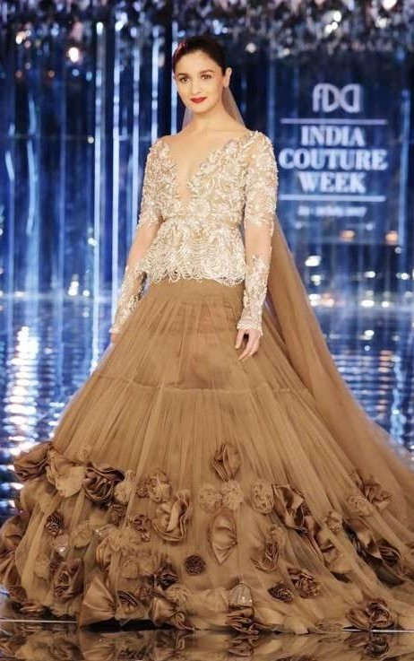 Yay or Nay? Alia Bhatt walks the ramp as a showstopper for Manish Malhotra in a beautiful trail sheer gown at the finale of India Couture week 2017 - SeenIt