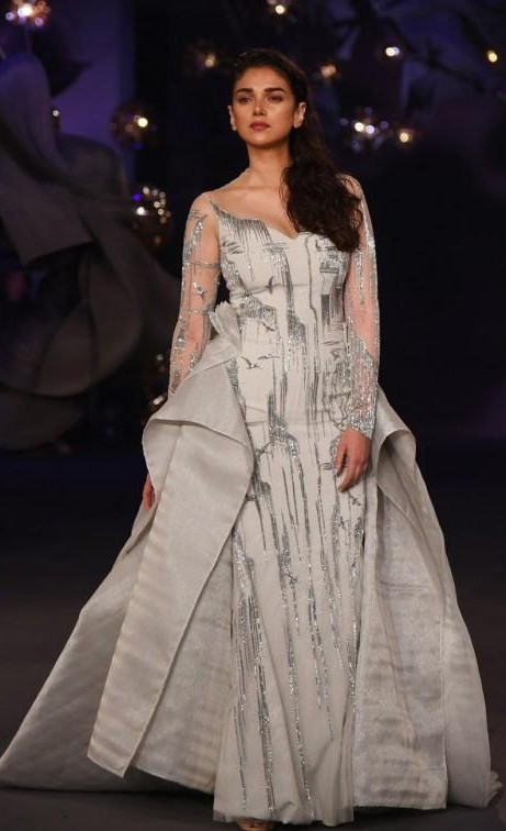 Yay or Nay? Aditi Rao Hydari walks the runway during Gaurav Gupta show at India Couture Week 2017 in New Delhi - SeenIt