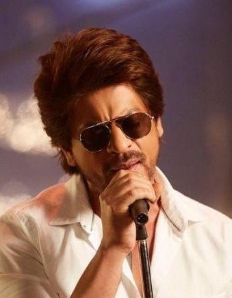 379cc12f0e7 I want these shades that Shahrukh Khan is wearing - SeenIt