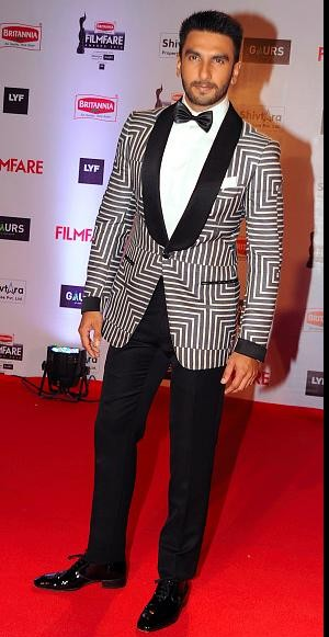 I am looking for a similar white n black blazer which Ranveer Singh is wearing - SeenIt