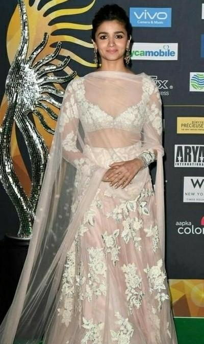 I'm looking for a similar lehenga like the one which Alia Bhatt is wearing - SeenIt