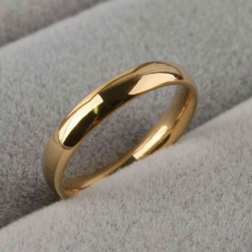 Looking for a similar gold ring - SeenIt