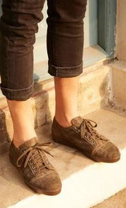 I would like to have these brown camouflage sneakers. Any leads? - SeenIt