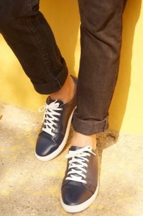 Find me these navy blue leather sneakers online - SeenIt