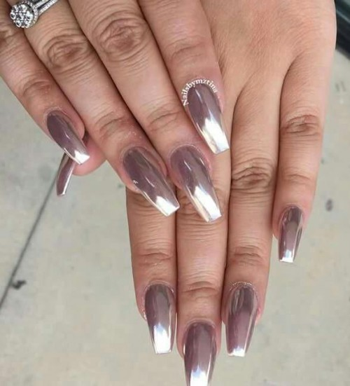 I am looking for the same nail colour - SeenIt