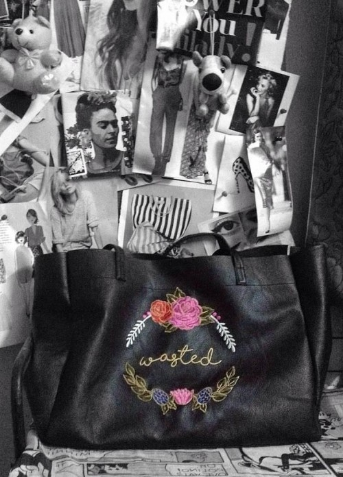 This black embroidered tote bag is what I am looking for. - SeenIt
