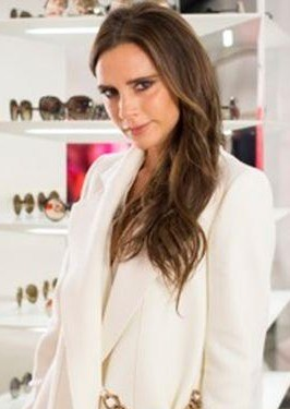 Victoria Beckham's white coat is what i want from the episode of 73 Questions with Vogue - SeenIt