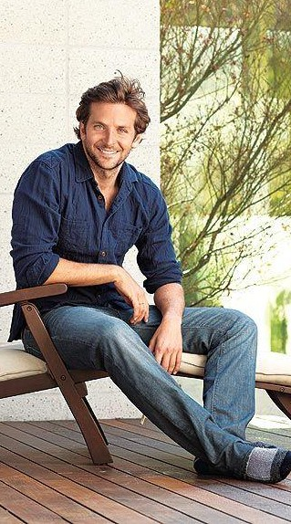 Want the navy blue shirt with jeans that Bradley Cooper is waering - SeenIt
