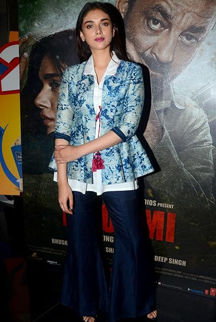 I am looking for tie and dye jacket and the blue flared trousers which Aditi Rao Hyadri is wearing for Bhoomi promotions - SeenIt