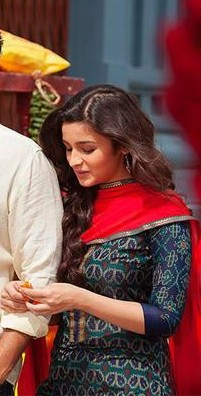 Help me find this kurti and dupatta which Alia Bhatt is wearing in 2 states - SeenIt