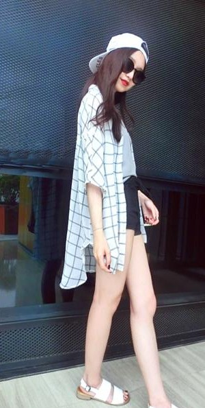 looking for similar black and white checkered cape - SeenIt