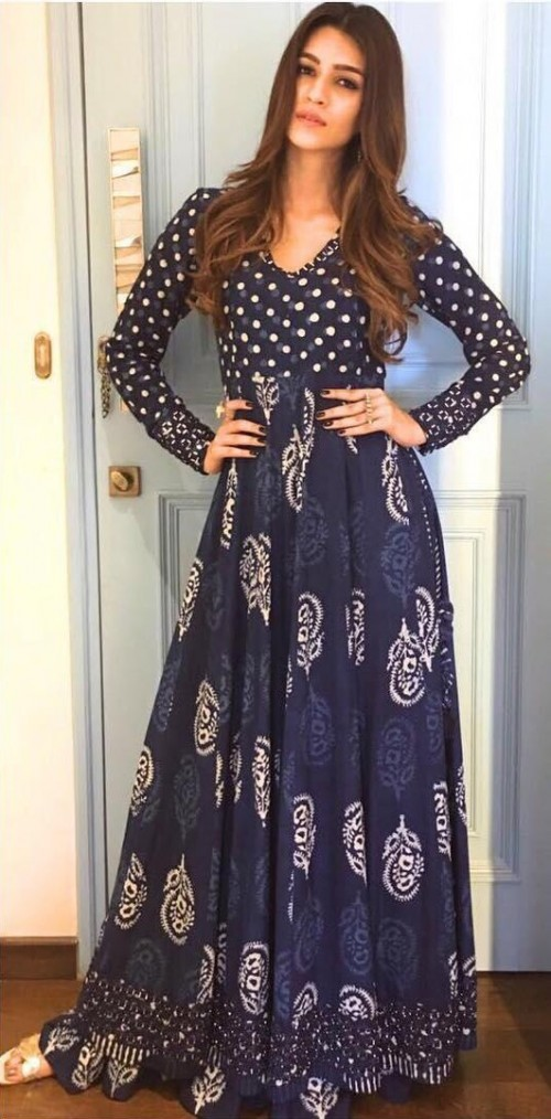 I am looking for same navy anarakali which Kriti Sanon is wearing for bareilly ki bafi promotions - SeenIt
