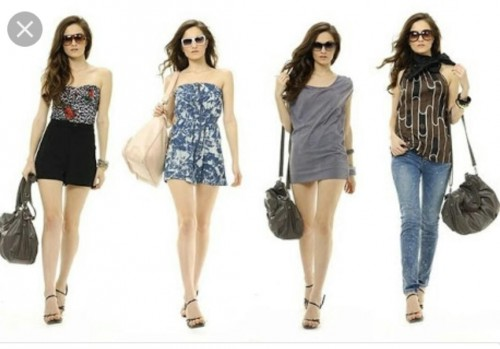 I'm looking for all these summer printed dresses. - SeenIt