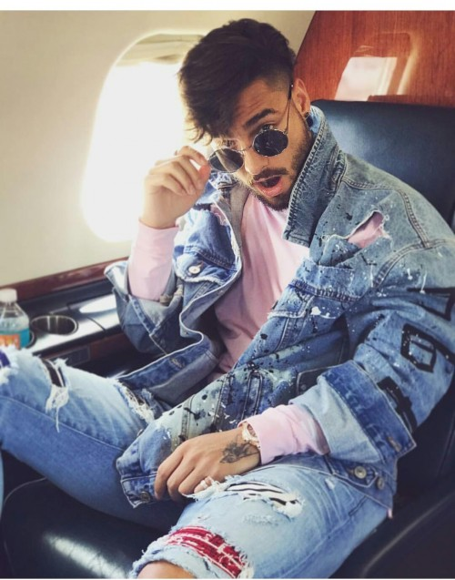 I'm looking for the blue ripped jeans and denim jacket. - SeenIt