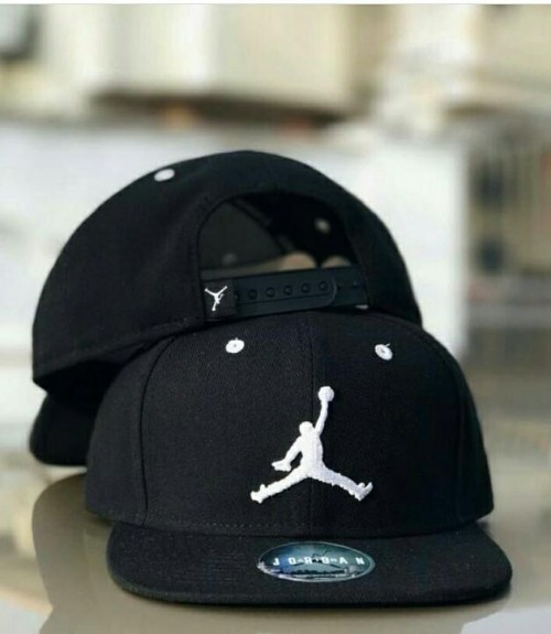 Im looking for this cap - SeenIt