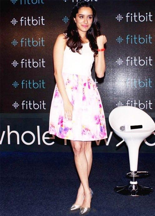 I am looking for same white floral dress and same silver heels which shraddha kapoor is wearing - SeenIt
