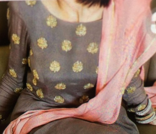 I'm looking for a similar suit dupatta set . Grey and pink combination - SeenIt