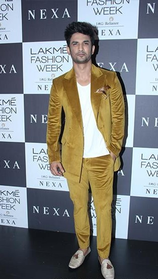 Yay or Nay? Sushant Singh Rajput spotted in a velvet suit at the Manish Malhotra 's finale show during the Lakme Fashion week 2017 - SeenIt