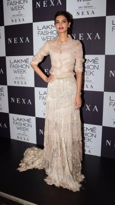 Yay or Nay? Diana Penty spotted  at the Manish Malhotra's grand Finale during the Lakme Fashion Week - SeenIt