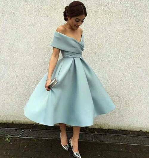 please help me find exactly same or almost similar dress - SeenIt