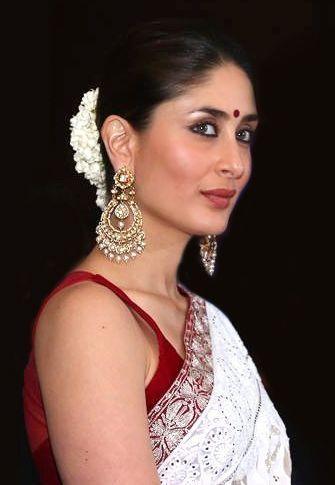 Want similar chandbali that KareenaKapoor Khan is wearing - SeenIt