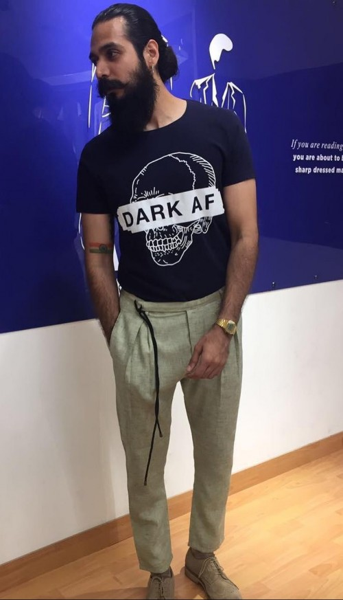 Where can I find this navy blue printed tshirt and khaki trousers? - SeenIt